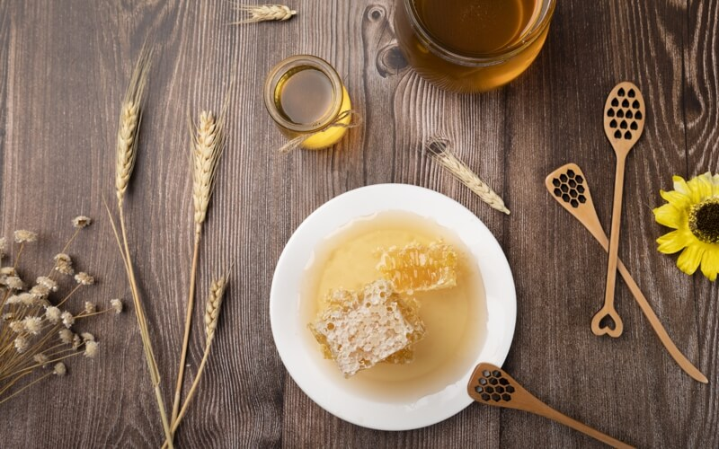 5 health benefits of honey